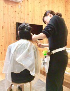 米沢で人気の美容室の美容師さんが米短生のためにシェアハウスに来てくれました