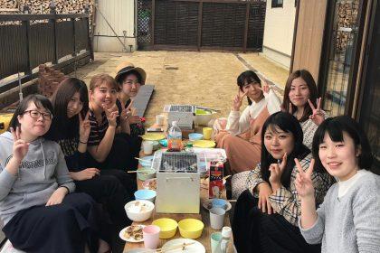 ぴーちぇすハウスに入居した米沢女子短期大学1年生の懇親会BBQ