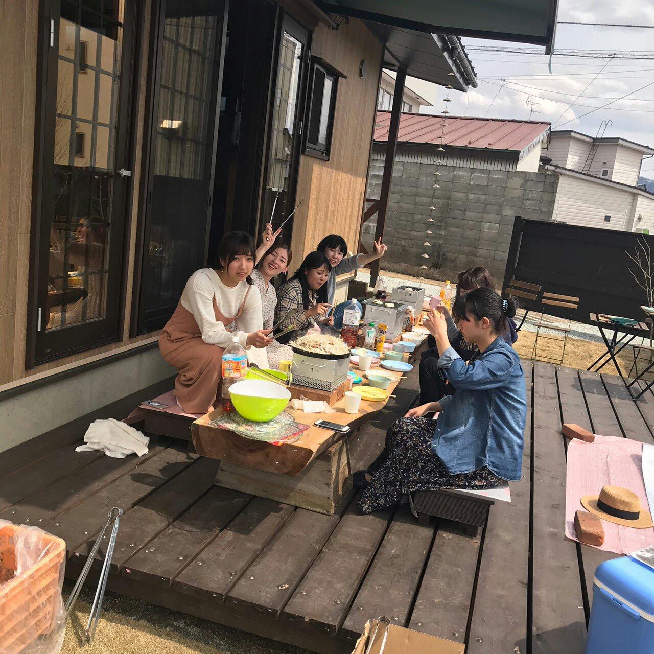 ぴーちぇすハウスに新入居した米沢女子短期大学1年生の皆さん