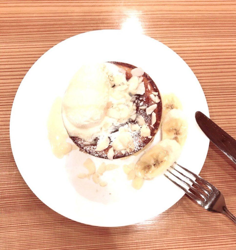 アパートにはない楽しさを!カフェぴーちぇすのホットケーキ!